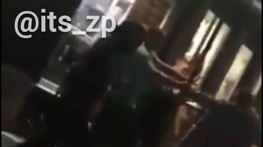 В Энергодаре толпа парней избила и переехала на машине парня: пострадавший в коме, — ВИДЕО