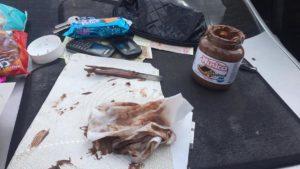 В Запоріжжі затримали наркокурьєрку, яка зберігала метадон у солодощах