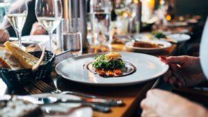 МОЗ опубликовал требования для работы кафе и ресторанов с 11 мая