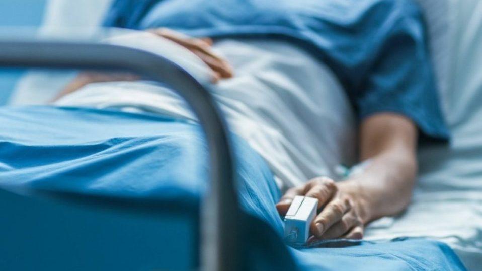 Медики зареєстрували летальні випадки від COVID-19 за добу
