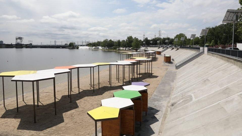 У Запоріжжі завершують реконструкцію Правобережного пляжу: що вже зроблено, – ФОТОРЕПОРТАЖ