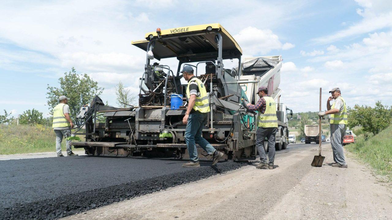 В Запорожской области турки за 700 миллионов ремонтируют 27 километров трассы «Харьков-Симферополь», – ФОТОРЕПОРТАЖ