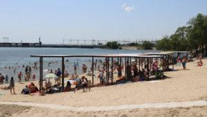Стало известно, повлияет ли карантин на начало пляжного сезонa в Запорожской области
