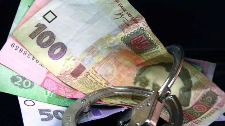 В Запорожье водитель-нарушитель пытался откупиться от полицейских
