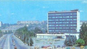 В центре Запорожья продают здание известнейшего дома быта, – ФОТО