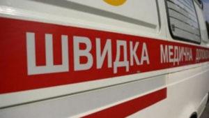 На курорті в Запорізькій області тракторист врізався в стовп: водій серйозно постраждав