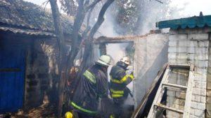 В Запорожской области произошел взрыв газа: начался пожар, пострадал пенсионер, – ФОТО