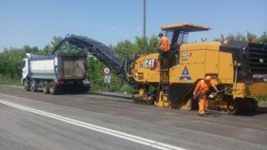 В Запорожской области начали ремонт разбитой трассы на Никополь: стоимость работ – 190 миллионов, – ФОТО