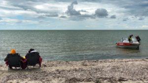 В бердянском море мужчине стало плохо: спасли очевидцы