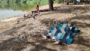 В Энергодаре дети нашли в воде труп, — ФОТО