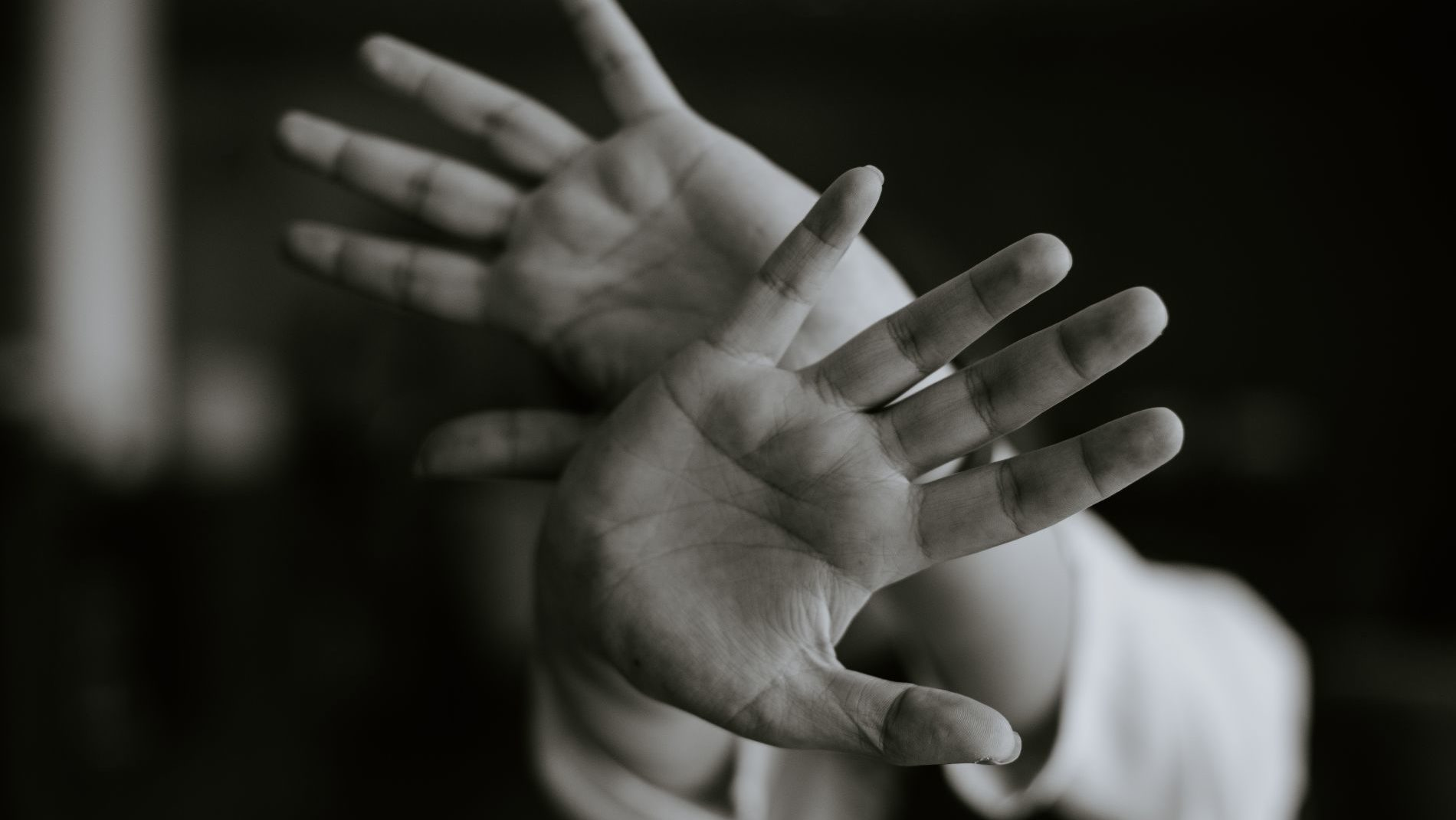 У Запоріжжі згвалтували дівчину: поліція просить про допомогу в пошуках злочинця, – ФОТО