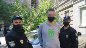 У Запоріжжі закладник намагався втекти від співробітників поліції, – ФОТО