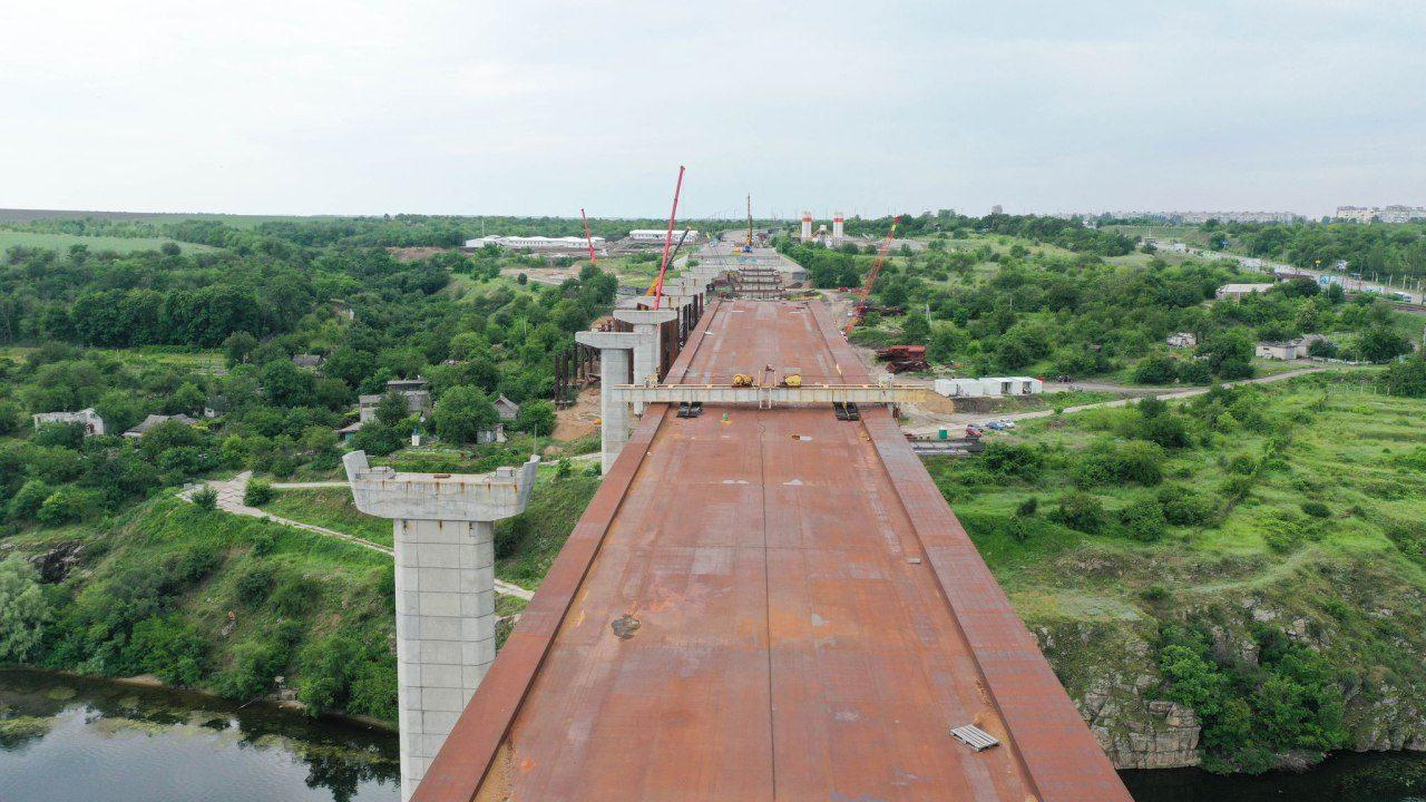 В Запорожье продолжается строительство мостов через Днепр: над чем сейчас работают подрядчики, – ФОТОРЕПОРТАЖ, ВИДЕО