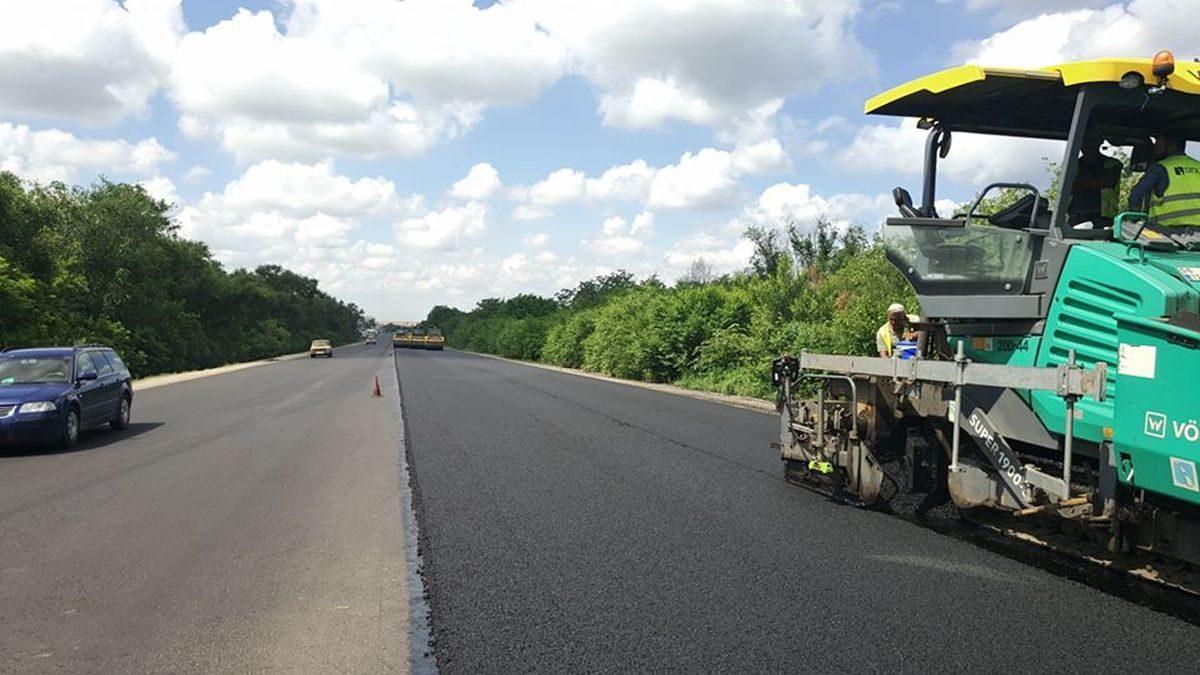 В Запорожской области за 580 миллионов начали ремонтировать 20 километра трассы «Харьков-Симферополь», – ФОТО
