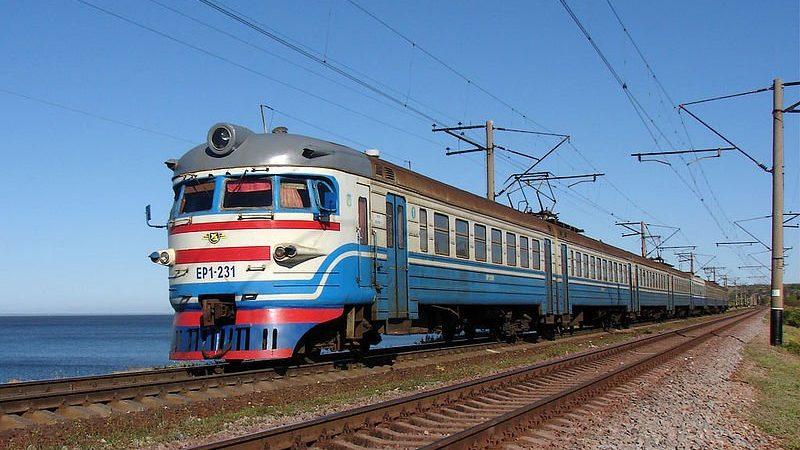 Через Запоріжжя проходитиме потяг на Херсонський курорт