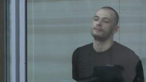 Чоловік, який напав на АТОвця з битою в запорізькому супермаркеті, не визнає своєї провини