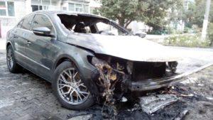 У Запорізькій області відомому громадському діячу спалили машину: поліція почала розслідування, – ФОТО