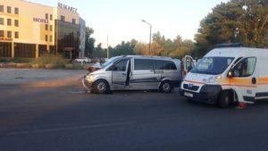 В Запорожье на Набережной произошло ДТП: госпитализировали троих людей, – ФОТО