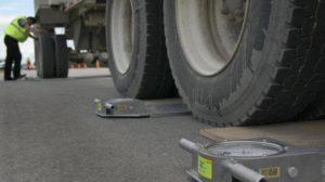 У Запорізькій області з кар'єра виїжджали перевантажені вантажівки з підробленими документами