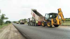 В Запорожской области заканчивают масштабный ремонт трассы на Бердянск: ремонтируют последние 30 километров, – ФОТОРЕПОРТАЖ, ВИДЕО