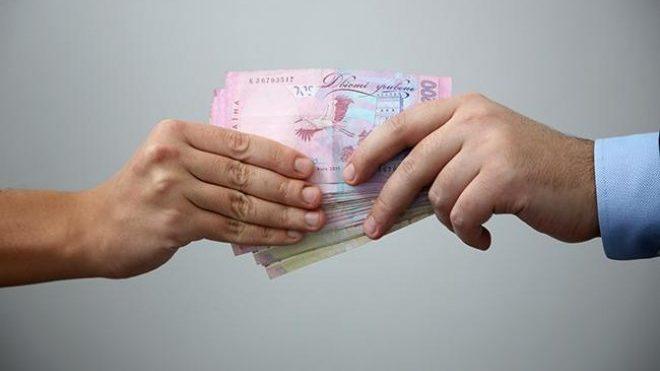 Голова запорізького села отримав 6 років в'язниці з конфіскацією: він вимагав у підрядника 50 тисяч хабара