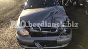 В Бердянському районі зіткнулися три машини: авто вщент, — ФОТО