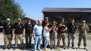 Запорожским кинологам подарили двух щенков, — ФОТО