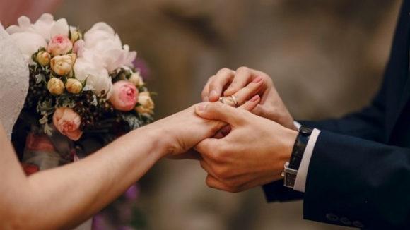 Жители Запорожской области чаще женятся, чем разводятся