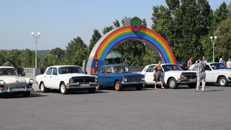 В Запорожье на ежегодный «Волгослёт» съехались десятки владельцев легендарных автомобилей со всей Украины, – ФОТОРЕПОРТАЖ