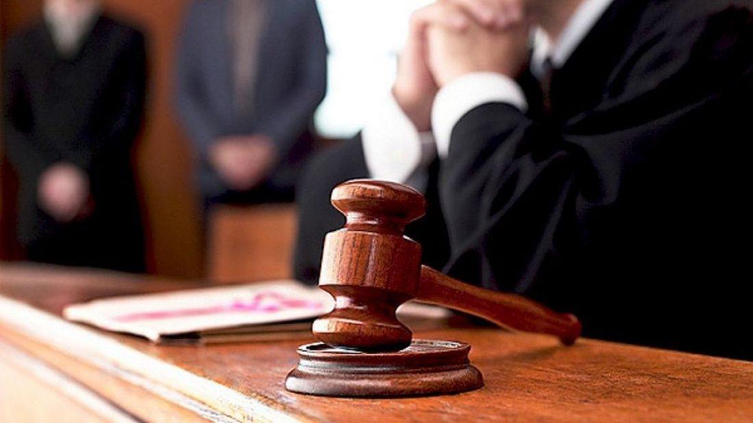 Директора запорізької школи оштрафували за корупційне порушення
