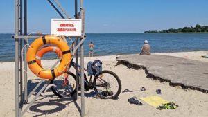 В Запорізькій області на пляжі виявили холерний вібріон: містянам не рекомендують купатися