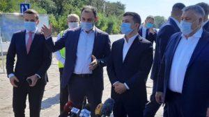 Президент Зеленский в Запорожье проинспектировал строительство трассы
