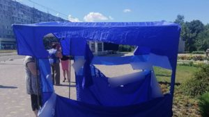 Поліція розповіла, що затримала нападників на агітаційні палатки в Запоріжжі