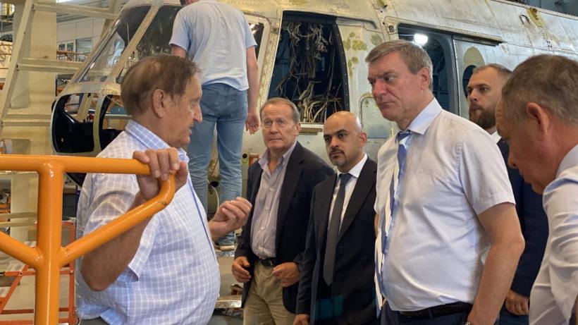 Вице-премьер-министр Украины посетил стратегические заводы Запорожья, – ФОТО