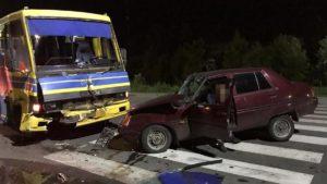 У Запорізькій області легковик протаранив рейсовий автобус, – ФОТО