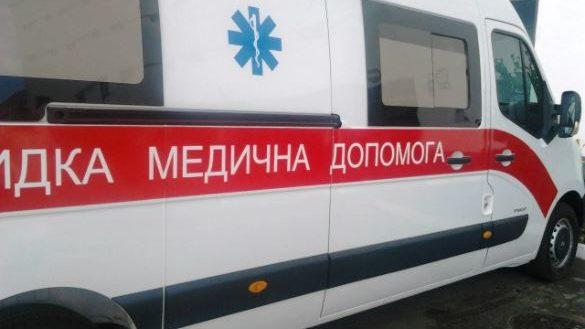 У Запоріжжі п'яний пенсіонер впав зі сходів і помер на місці