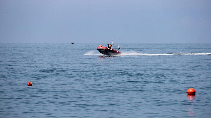 На запорізькому курорті врятували чотирьох відпочивальників, яких відносило у відкрите море