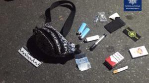 В Запоріжжі чоловікові бризнули в обличчя балончиком та пограбували: грабіжника спіймали менш ніж за годину