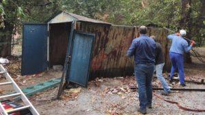 В центральній частині Запоріжжя демонтували прихисток безхатьок