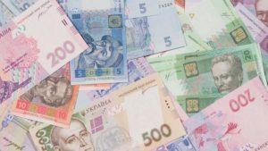 Більше чотирьох тисяч роботодавців в Запорізькій області платять менше мінімалки