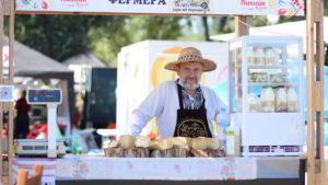 Уличная еда, мастер-классы и развлечения: как в Запорожье проходит фестиваль «Пикник на Радуге», – ФОТОРЕПОРТАЖ