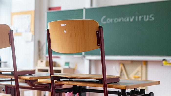 В Запорожской области с начала учебного года коронавирусом заболели 30 школьников и 26 учителей