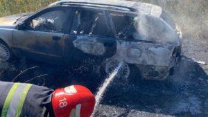 В Вольнянском районе среди бела дня сгорела Volvo, — ФОТО