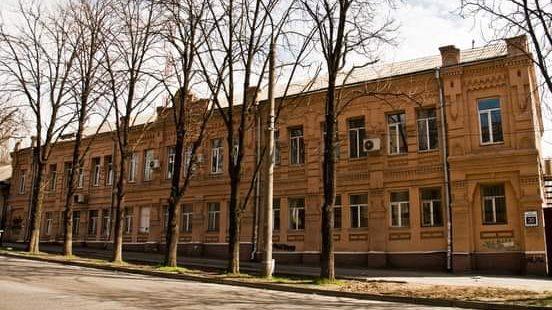 В социальной сети опубликовали редкое фото уже несуществующей пожарной башни в Запорожье