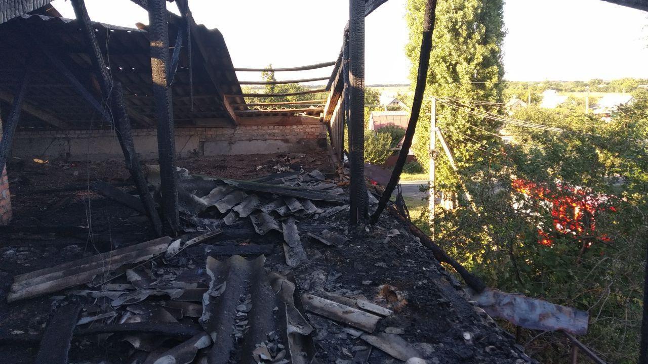 Под Запорожьем произошел пожар в многоквартирном доме, – ФОТО
