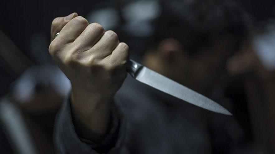 У Запоріжжі на зупинці у Бородинському мікрорайоні вбили молодого хлопця