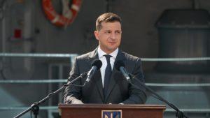 «Давайте не ныть и жаловаться, а по-настоящему менять страну»: президент Зеленский опубликовал эмоциональный пост