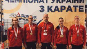 Запорізькі каратисти встановили рекорд області та привезли 5 нагород зі всеукраїнського чемпіонату