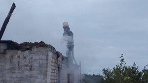 В Запорожской области в доме произошел пожар: госпитализировали пенсионерку