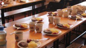 Запоріжці підписують петицію за повернення безкоштовного харчування в школах
